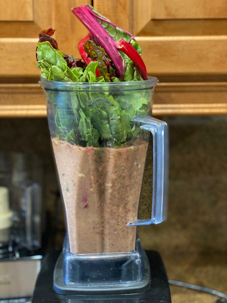 veggie, fruit and protein smoothie for breakfast